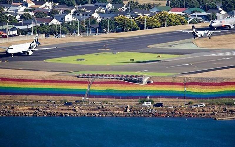 Aeropuerto de Wellington pinta arcoiris